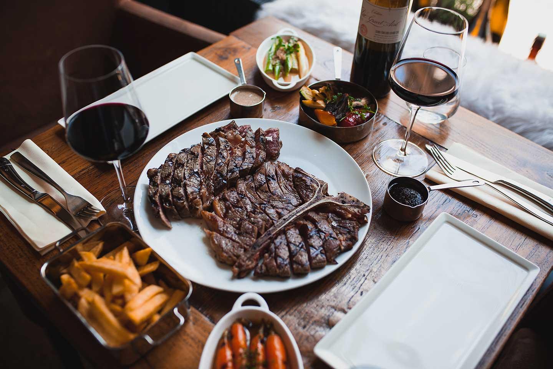 Degustační večeře hovězích steaků